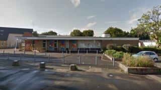 Fryerns Library, Basildon