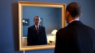 Barack Obama, poco antes de comenzar su primer período presidencial, el 20 de enero de 2009.