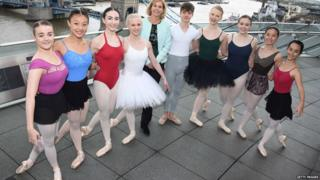 Darcey Bussell with Genee dancers
