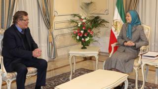 ژرار دوپره سیاستمدار بلژیکی از نمایندگان نزدیک به سازمان مجاهدین خلق و مریم رجوی رهبر این سازمان است