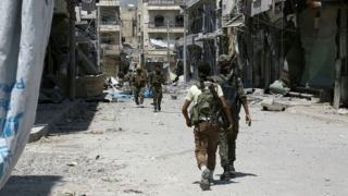 Военные в Алеппо