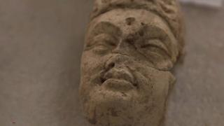 تمثال بوذا محطم