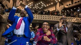 Zimbabwean MPs celebrate Robert Mugabe's resignation