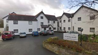 Nant-y-Gaer care home in Llay