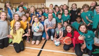Scott Brown with pupils at Cramond Primary School