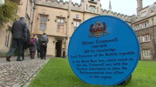 The blue plaque honouring Oliver Cromwell