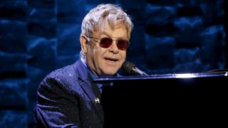 Singer Elton John performs at the Hillary Victory Fund (02 March 2016)