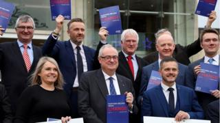General election 2019: Ulster Unionists 'decide hung parliament' thumbnail