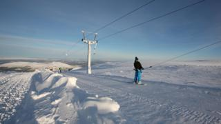 Skier at CairnGorm Mountain