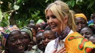 Ivanka Trump trong chuyến thăm nông trại cocoa ở Bờ Biển Ngà
