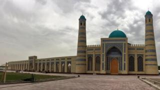 Zomindagi yangi masjid oʻta qisqa muddatda qurib bitkazilgan