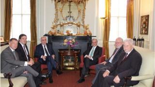 Встреча министров иностранных дел Азербайджана и Армении продлилась больше трех часов.