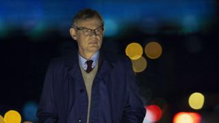 Martin Clunes in Manhunt