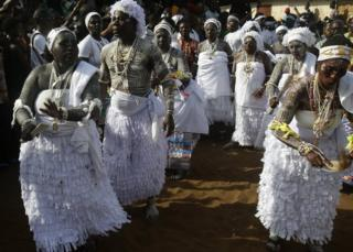 "Ivorians take part in the festival of Abissa in Grand-Bassam, Ivory Coast, 04 November 2017. The feast of the Abissa, a feast of rejoicing organized by the N""Zima community to symbolize the concepts of democracy and social justice. The N""Zima, a people of Ghanaian origin, finds herself around her leader and to the sounds of the tams-tams to take stock of the past year, and eventually denounce the injustices committed, or confess them publicly within the framework As part of a request for forgiveness to the people and an repentance. The festival of Abissa is celebrated each year between the end of October and the beginning of November"
