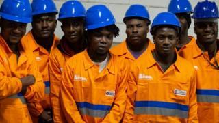 Funcionários haitianos do tapa buraco da Prefeitura de São Paulo