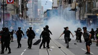 Technology Police clash with protesters in Hong Kong