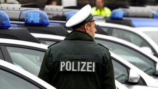 A German police officer in the eastern German city of Dresden, 16 December 2008