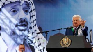 الرئيس محمدو عباس يخطب في الجماهير