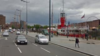 The strand looking out to Albert Docks