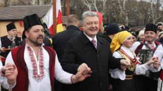 Порошенко танцює в Одесі