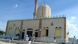 The militants targeted a mosque near al-Arish