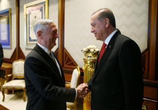 ABD Savunma Bakanı James Mattis ve Cumhurbaşkanı Recep Tayyip Erdoğan