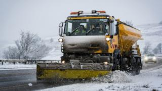 Second Carmarthenshire union votes in favour of gritting strike