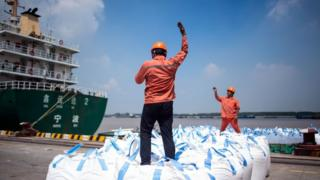 Men receive cargo
