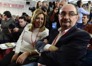 President of the Regional Government of Andalusia and PSOE member Susana Diaz (L) and President of the Regional Government of Aragon Javier Lamban look on before an extraordinary meeting of the PSOE federal committee in Madrid, 23 October