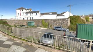 Pier Hotel and former site of Dunraven Court, Porthcawl