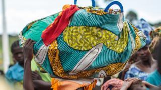 Congolese refugees fleeing to Uganda in 2018