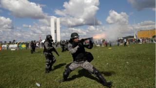 Repressão policial em Brasília