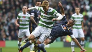 Cluicheadair Celtic Stuart Armstrong