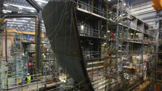 Building the Queen Elizabeth class aircraft carrier in Portsmouth