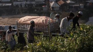 ढाका, कब्रिस्तान