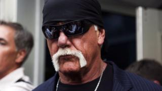 Hulk Hogan arrives at court in Florida