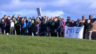 Protestors on Montagu Estate