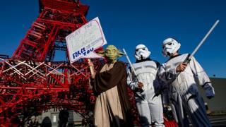 Protesters in Star Wars dress in Paris