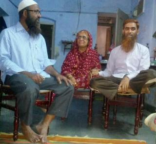 Nisar-ud-din Ahmad (right) said it was an emotional reunion with his mother Zaibunnisa Begum and brother Zahir-ud-din (left)