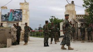 """База """"Шахин"""" после смертоносного нападения """"Талибана"""" в апреле"""