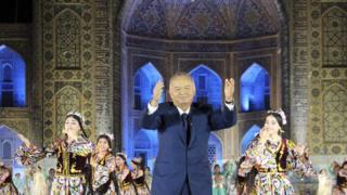 Марҳум Ислом Каримовнинг рақс тушган пайти