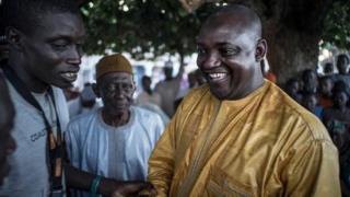 Yaya Jammeh a reconnu sa défaite et a appelé Adama Barrow pour le féliciter.