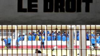 Le ministre de la Justice a accusé les adeptes du mouvement politico-religieux Bundu Dia Kongo d'avoir mené l'attaque qui a conduit à ces évasions.