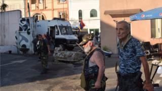 Участники захвата базы полка полиции в Ереване
