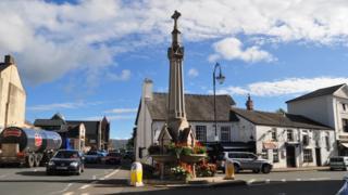 Crickhowell town centre