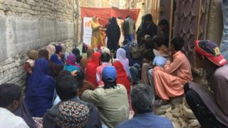 شانتی نگر میں ڈرامہ