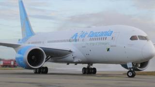 Ndege ya Dreamliner ilipowasili Tanzania Julai 2018