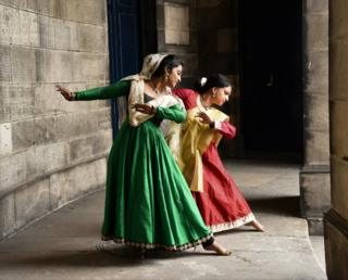 Dancers at Old College