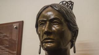 Busto de Josefa Ortiz en el Palacio Ejecutivo