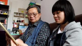 夏思源(左)与女儿夏绰敏(右)